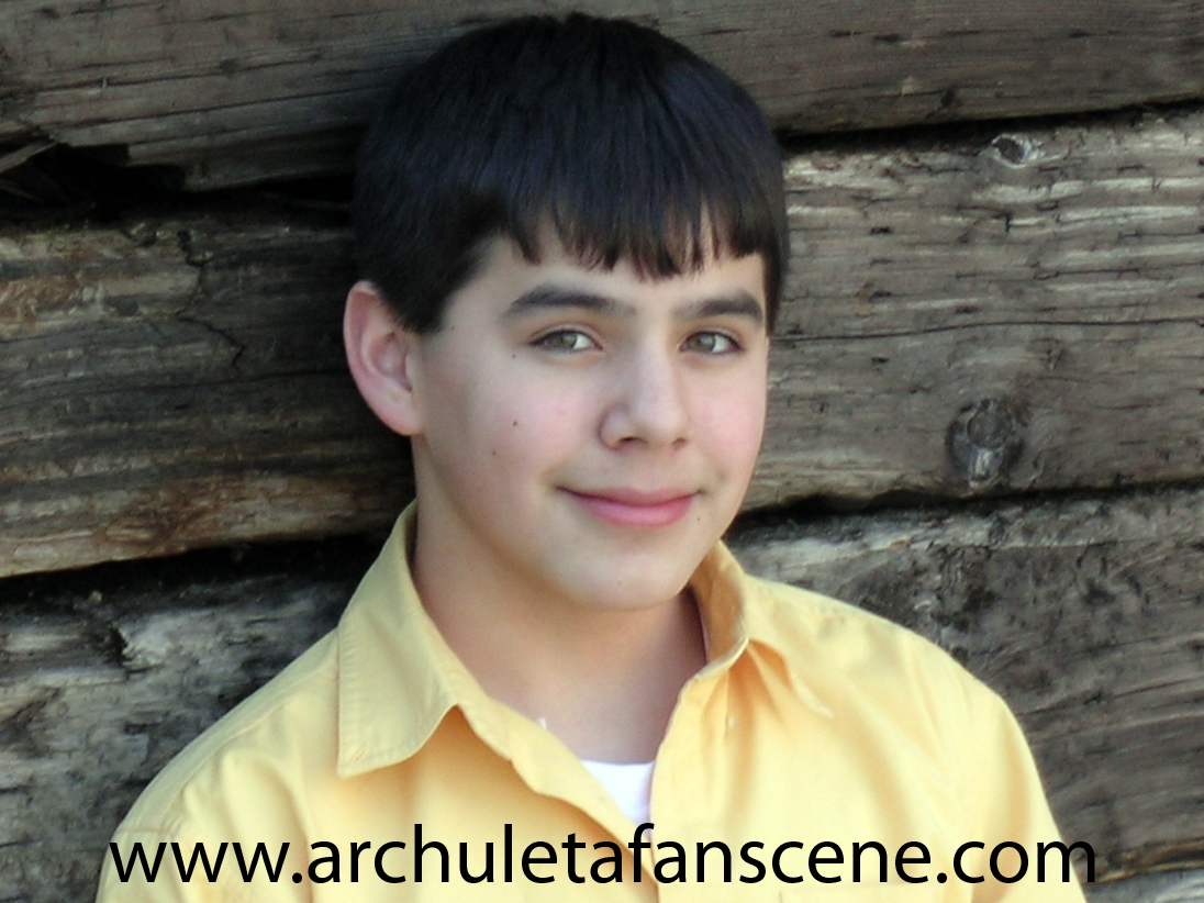 las habian visto David-archuleta-headshot-yellow-3