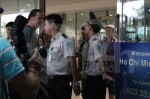 David Archuleta arriving at TSN Airport, HCMC, Vietnam (16)