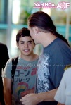 David Archuleta arriving at TSN Airport, HCMC, Vietnam (3)